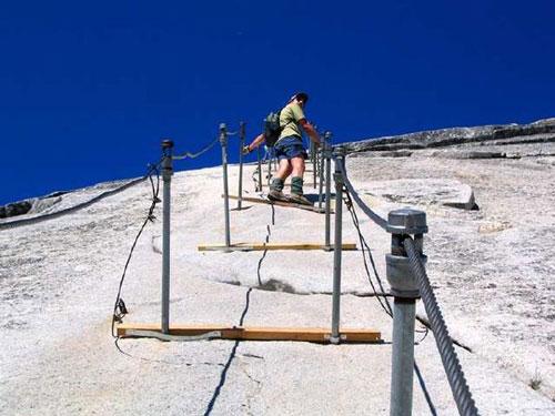 Những bậc thang ghê sợ nhất thế giới - 4