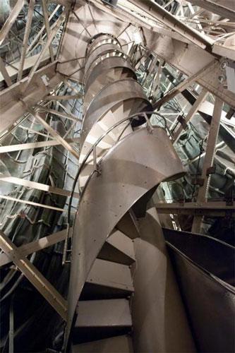 Những bậc thang ghê sợ nhất thế giới - 6