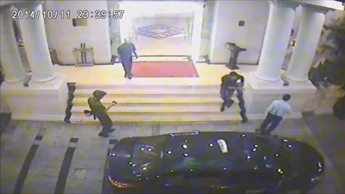 Video: Hỗn chiến trong khách sạn 4 sao - 2