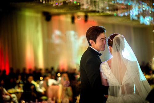 Những khoảnh khắc đẹp trong hôn lễ lần 2 của Chae Rim - 8