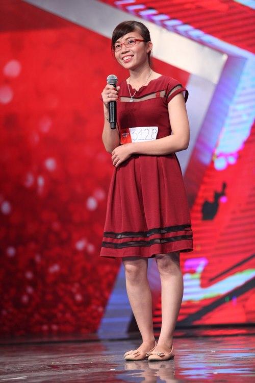 """Cô gái Quảng Ninh khiến BGK Vietnam's Got talent """"nhăn mặt"""" - 2"""