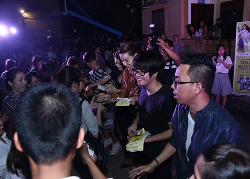 Sốt vé trước show diễn xuyên Việt của Hà Hồ tại Thủ đô - 8