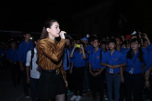 Sốt vé trước show diễn xuyên Việt của Hà Hồ tại Thủ đô - 6