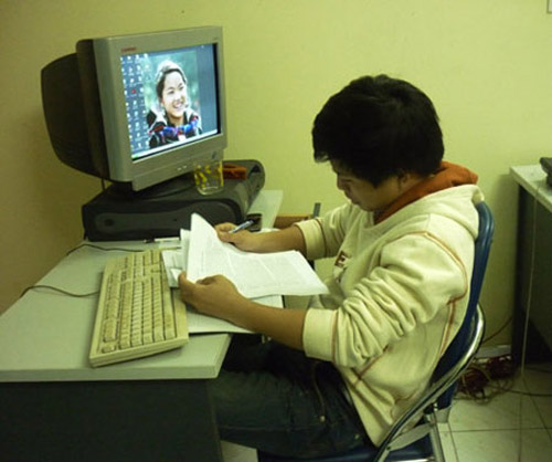 Giới trẻ viết thư tỏ tình thuê kiếm 5-6 triệu/tháng - 2