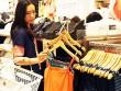 """Hàng thời trang Nhật: """"Đắt xắt ra miếng""""!"""