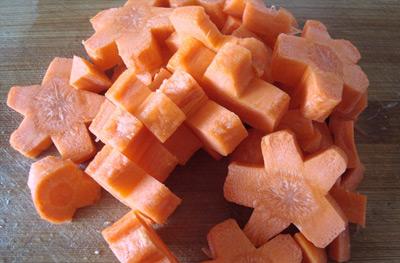 Ngon xuýt xoa thịt ba chỉ kho cà rốt - 4