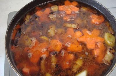 Ngon xuýt xoa thịt ba chỉ kho cà rốt - 7