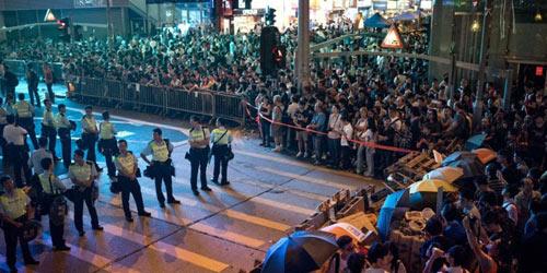 """Biểu tình Hong Kong bị """"thế lực bên ngoài"""" can thiệp? - 2"""