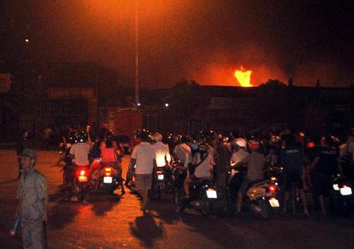 Cháy xưởng gần tòa nhà Keangnam: Thiệt hại 5 tỷ đồng - 1