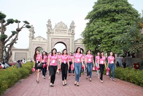 Thí sinh Hoa hậu VN 2014 bắt đầu vòng thi đầu tiên - 6
