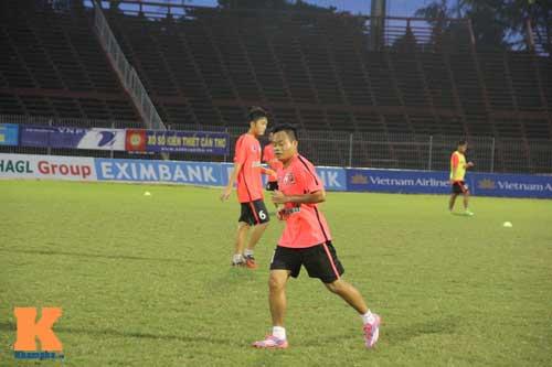Cầu thủ U19 VN xung trận giải U21: Thanh Hậu dự bị - 4