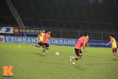 Cầu thủ U19 VN xung trận giải U21: Thanh Hậu dự bị - 5