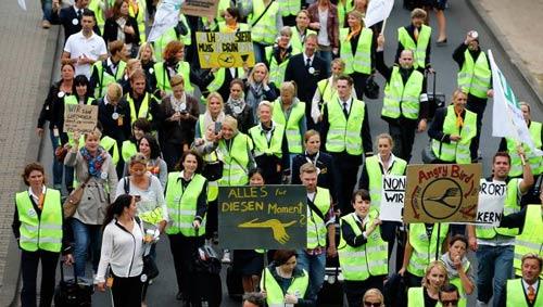 Đức: Hủy hàng nghìn chuyến bay do phi công đình công - 1
