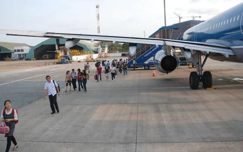2 sân bay VN ở top 10 sân bay kém: Bên bị chê phản pháo - 1