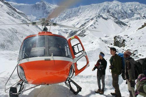 Lở tuyết kinh hoàng: Nepal kết thúc tìm kiếm nạn nhân - 2