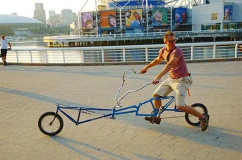Cười đau bụng với xe đạp dài ngoằng kì dị - 2
