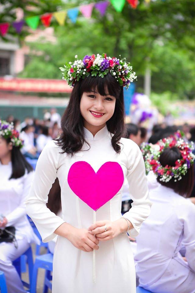 Hotgirl 18 tuổi cover nhạc Việt cuốn hút dân mạng - 4