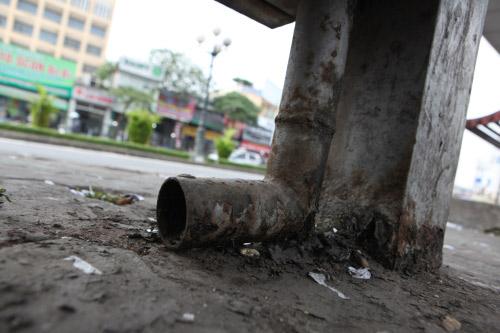 Ảnh: Trạm xe buýt lớn nhất Thủ đô trước ngày bị dỡ bỏ - 11