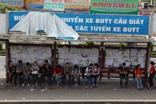 Ảnh: Trạm xe buýt lớn nhất Thủ đô trước ngày bị dỡ bỏ - 3