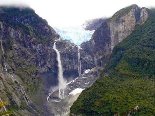 Chiêm ngưỡng dòng sông băng lơ lửng giữa trời - 4
