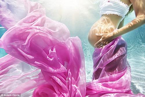 Những mẹ bầu hóa nàng tiên cá tuyệt đẹp - 4
