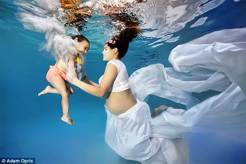 Những mẹ bầu hóa nàng tiên cá tuyệt đẹp - 5