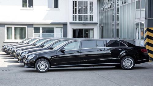 Mercedes-Benz E-Class độ 6 cửa sang trọng - 1