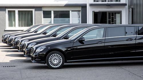 Mercedes-Benz E-Class độ 6 cửa sang trọng - 2