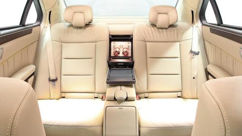 Mercedes-Benz E-Class độ 6 cửa sang trọng - 9