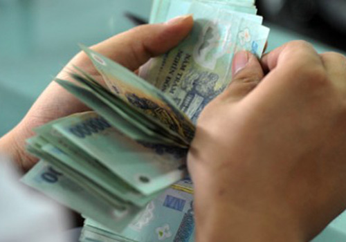"""Nợ công tăng mà vẫn """"đi nước ngoài nhiều quá"""" - 1"""