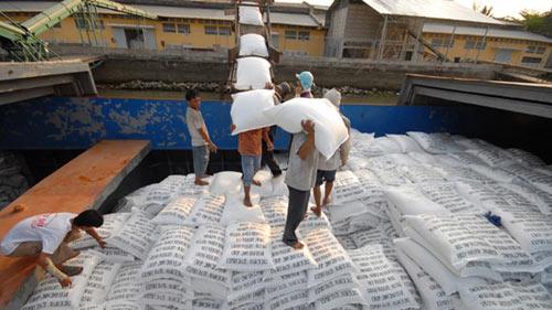 Xuất khẩu gạo hàng đầu thế giới: VN đang trợ cấp cho nước ngoài - 1