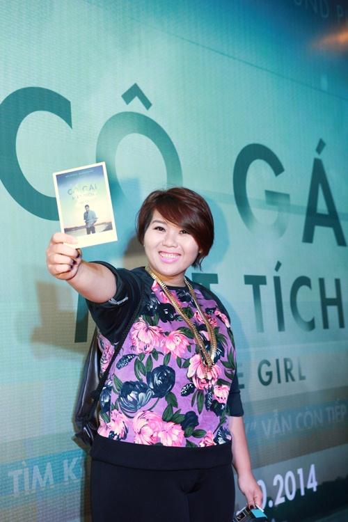 Trương Nhi ôm chặt bạn trai Phương Mai tại lễ ra mắt phim - 9