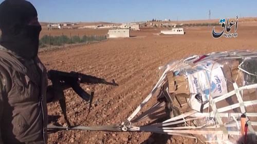 Vũ khí tiếp tế Mỹ rơi vào tay IS ở thị trấn Kobani - 2