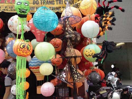 Thị trường Halloween: Hàng Trung Quốc áp đảo - 2