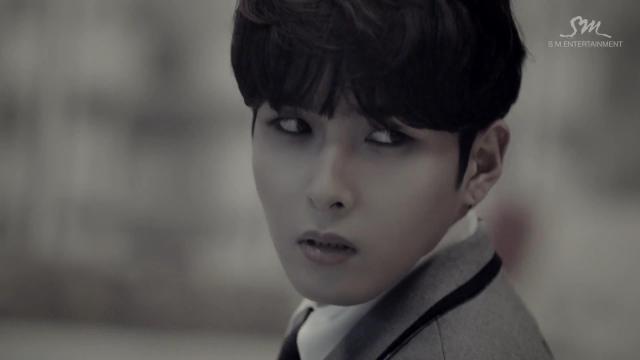 """Super Junior khiến fan """"chóng mặt"""" với MV tình yêu - 3"""