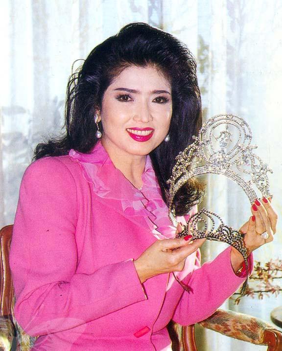 Hoa hậu Hoàn vũ 67 tuổi vẫn trẻ đẹp như thiếu nữ - 2