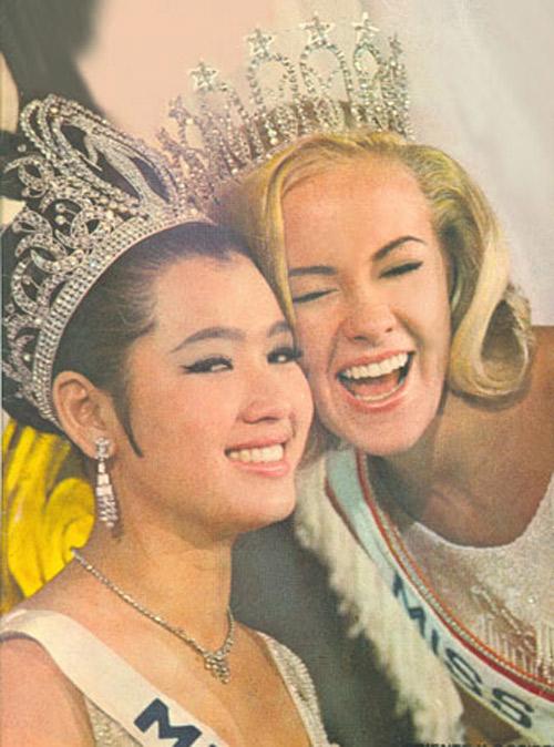 Hoa hậu Hoàn vũ 67 tuổi vẫn trẻ đẹp như thiếu nữ - 4