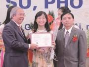 Nữ PGS trẻ nhất VN được vinh danh Gương mặt trẻ Thủ đô
