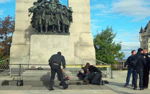 Nhà Quốc hội Canada bị tấn công, Thủ tướng sơ tán - 1