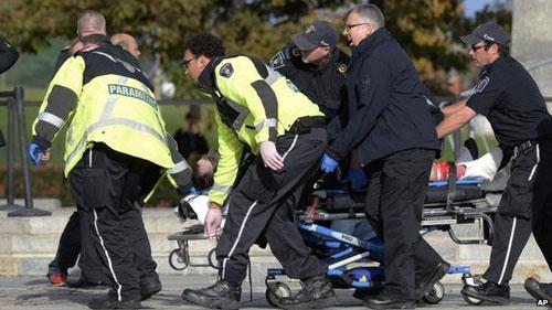Nhà Quốc hội Canada bị tấn công, Thủ tướng sơ tán - 3