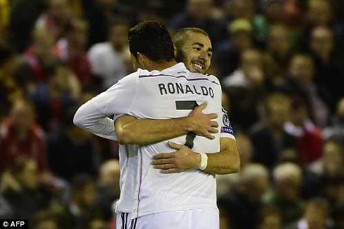 "Liverpool - Real: ""Song sát"" rực sáng - 1"