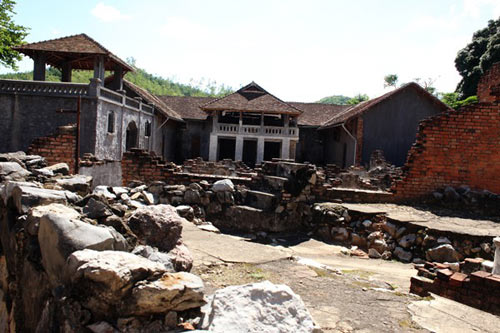 """Những """"địa ngục trần gian"""" nổi tiếng của du lịch Việt - 7"""