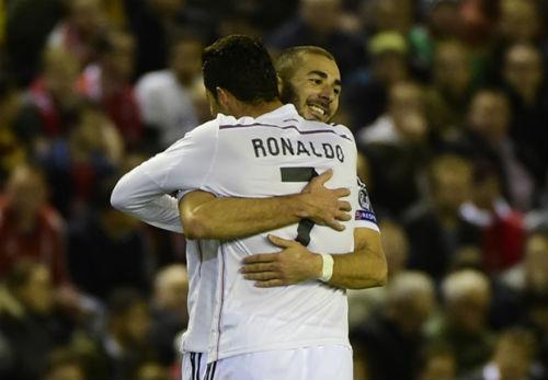 Real vùi dập Liverpool: Đơn giản họ là nhà vô địch - 1