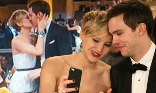 Sau vụ ảnh nóng, Jennifer Lawrence khoe nhẫn đính hôn - 4