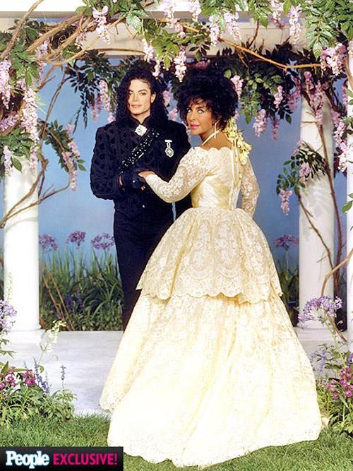Ảnh chưa từng tiết lộ về lễ cưới lớn nhất lịch sử Hollywood - 11