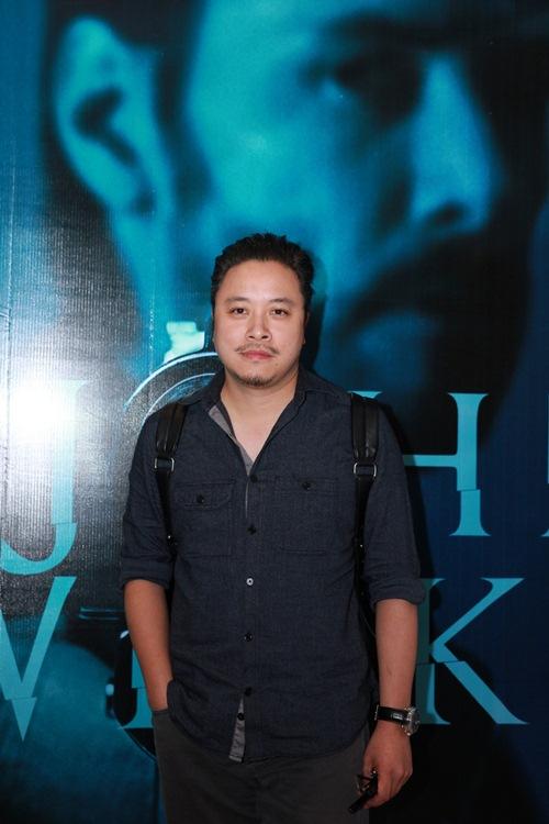 Hương Tràm khoe eo thon sau scandal bị cấm diễn - 11