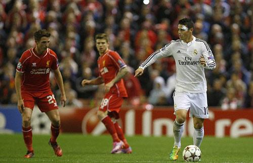 Real: Cú vẩy bóng chân trái hoàn hảo của Rodriguez - 4