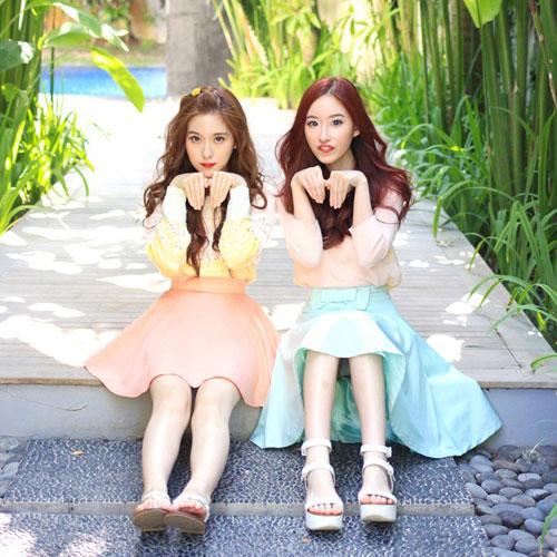 Hai chị em xinh đẹp khiến dân mạng mê mẩn - 13