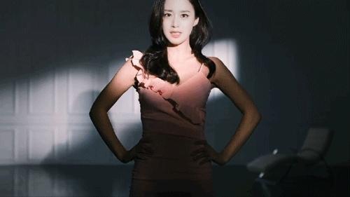 Hậu tin đồn dao kéo, Kim Tae Hee được khen hình thể đẹp - 1