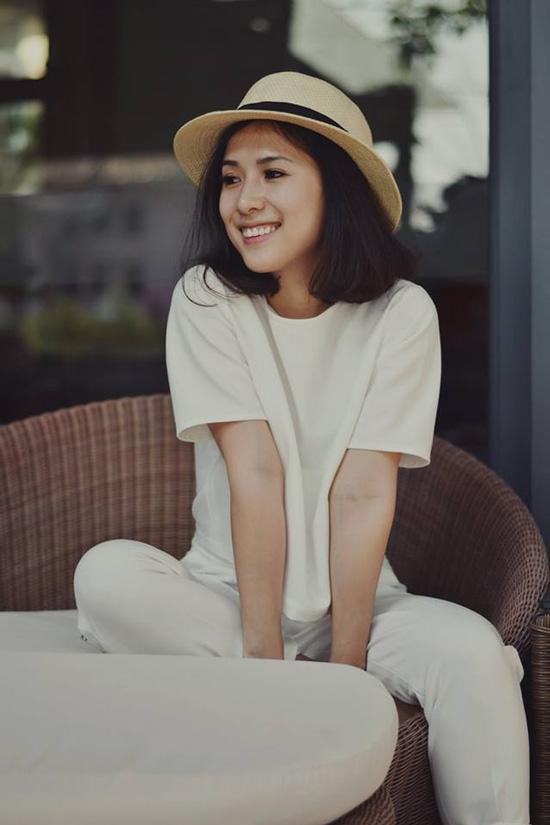 Cô nàng tóc ngắn nổi tiếng nhờ mặc đẹp ở Sài Gòn - 4